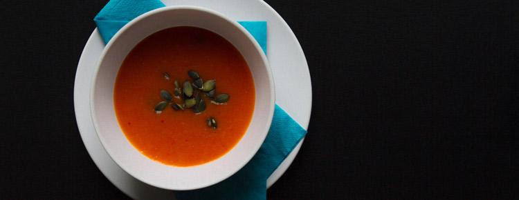 Zupa krem z papryki, dyni i czosnku przepis