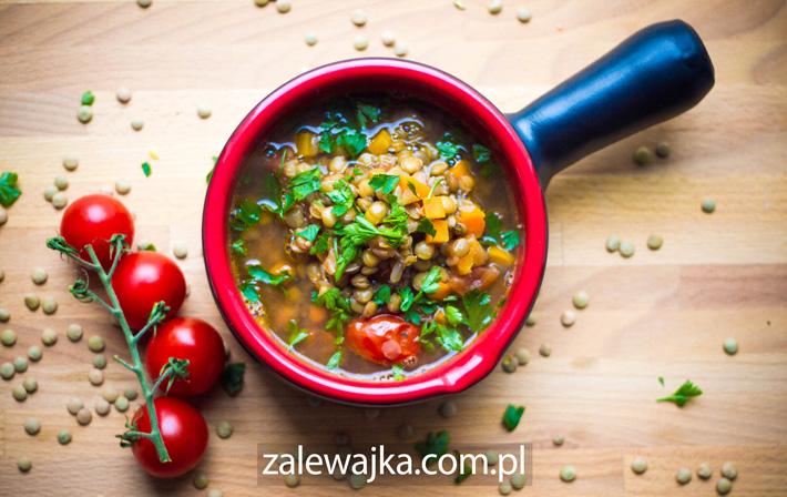 grecka zupa z zieloną soczewicą