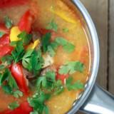 Zupa gulaszowa z dynią i papryką