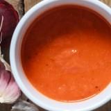 Zupa krem z pieczonych pomidorów, papryki i cebuli